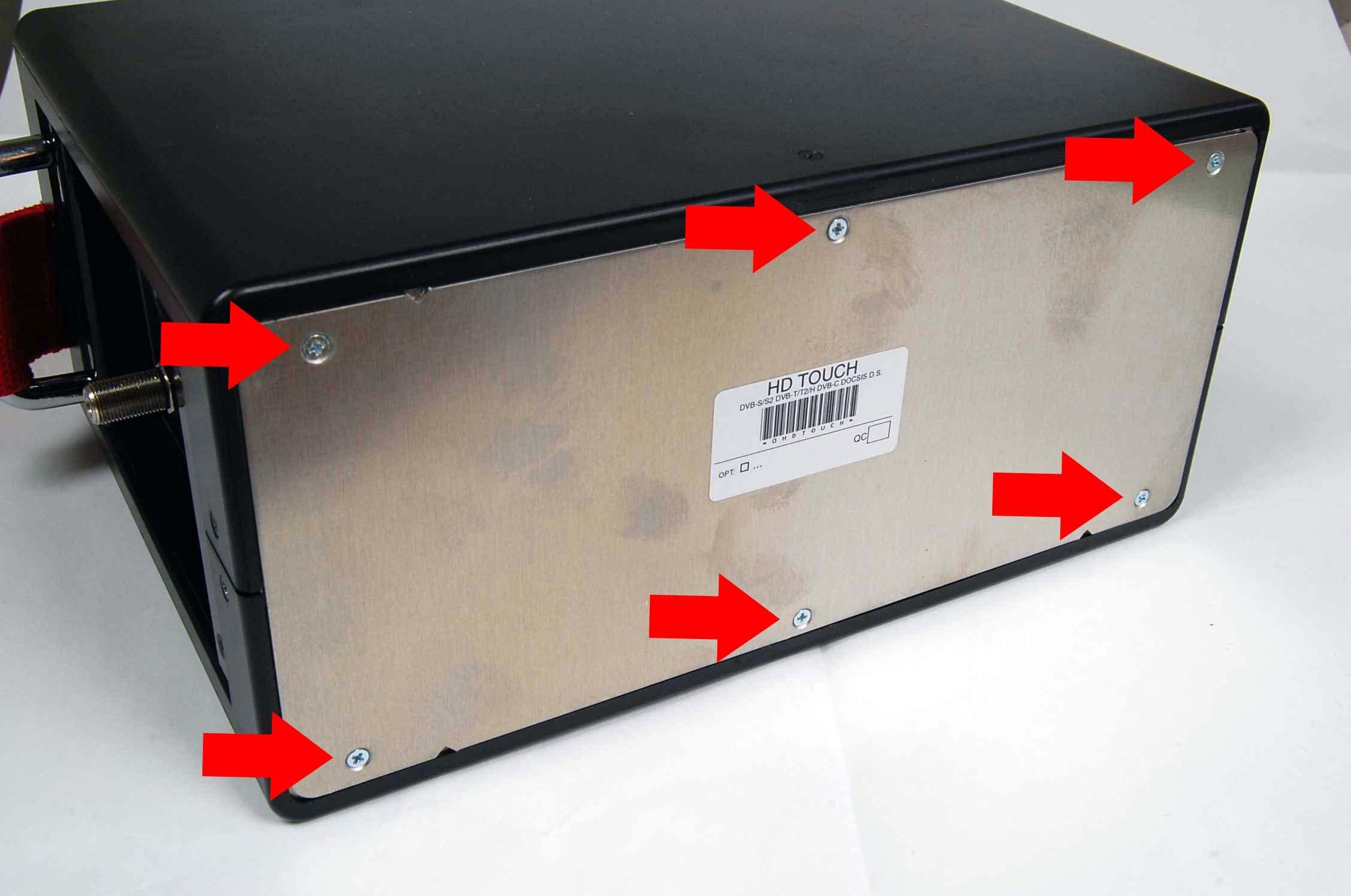 ROVER_HD_Series_Open_Batteries
